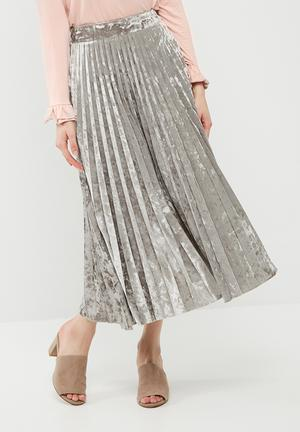 Dailyfriday Velvet Pleated Midi Skirt Silver