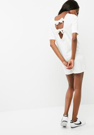 Dailyfriday Ponti Ballerina Sleeve Shift Dress Casual White