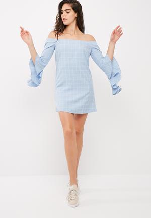 Bardot ruffle sleeve shift dress