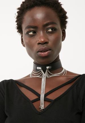 Chain drape choker necklace