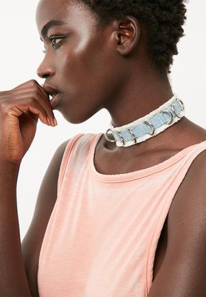 Denim d-ring choker necklace