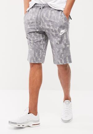 Nike Club Shorts Grey
