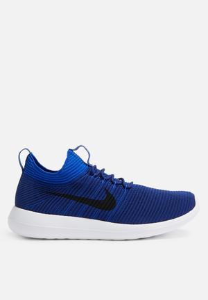 Nike Roshe Two Flyknit V2 Sneakers Deep Royal/Obsidian-Racer Blue