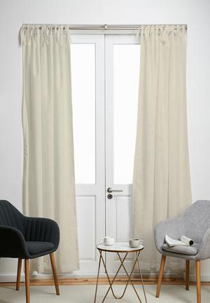 Tie top curtain