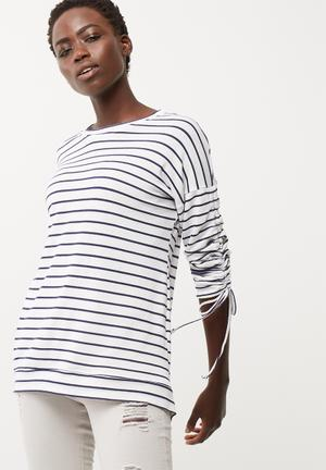 Dailyfriday Ruched Sleeve Detail Top T-Shirts, Vests & Camis White & Black