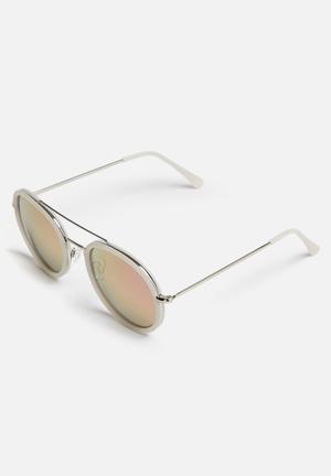 Missguided Rounded Metal Inlay Sunglasses Eyewear Metal & Plastic