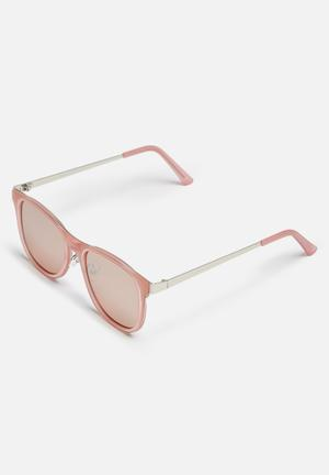 Missguided Metal Flat Bar Sunglasses Eyewear Metal & Plastic