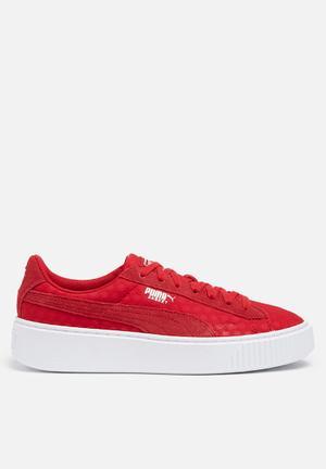 816b38452395e5 The Summer Sneaker Update