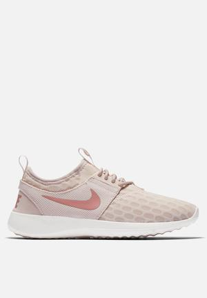 Nike W Juvenate Sneakers Siltstone Red Sail / Red Stardust
