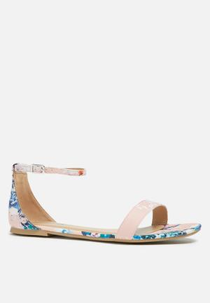 Call It Spring Mateare Sandals & Flip Flops Peach