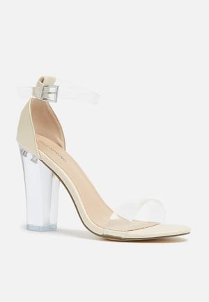 Call It Spring Capraia Sandals & Flip Flops Cream