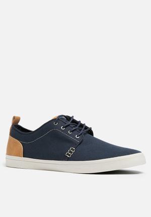 Call It Spring Thirawie Sneakers Navy