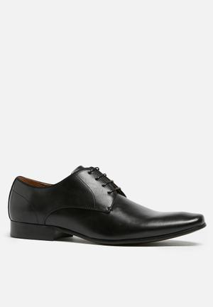 Call It Spring Ywi Formal Shoes Black