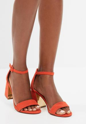 Zoom Tasha Heels Orange