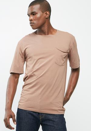 Sergeant Pepper Oversized Pocket Tee T-Shirts & Vests Brown
