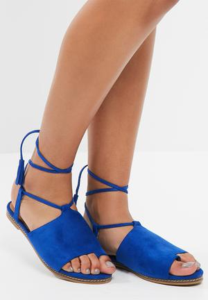 Sissy Boy Wraparound Sandal Blue