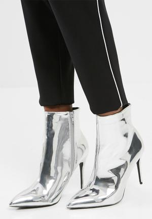 Dailyfriday Stevie Boots Silver