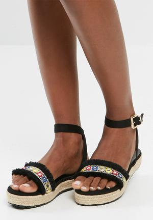 Dailyfriday Kyley Sandals & Flip Flops Black