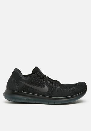 Nike Free RN Flyknit Sneakers Black