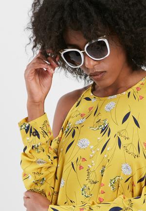 Dailyfriday Lira Sunglasses Eyewear