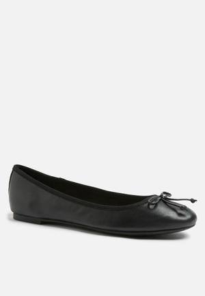 ALDO Palinira Pumps & Flats Black