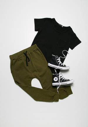 Basicthread Skinny Joggers Pants & Jeans Green