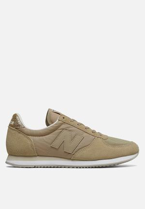 New Balance  WL220SG Sneakers Cream