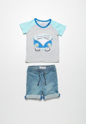 Hippy bus t-shirt and shorts set