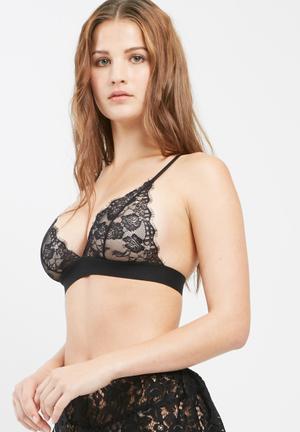 Missguided Scallop Lace Thick Strap Triangle Bra Black