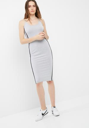 7c0d1210ae6 Binding strappy midi dress