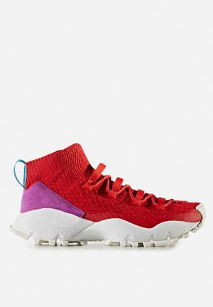 Adidas Originals SEEULATER Primeknit Sneakers Scarlet / Shock Purple