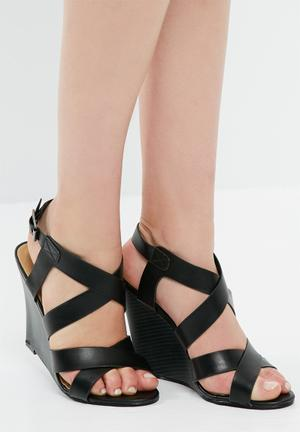 Madison® Lizzy Heels Black