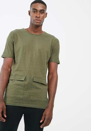 Bellfield Longline Pocket Tee T-Shirts & Vests Olive