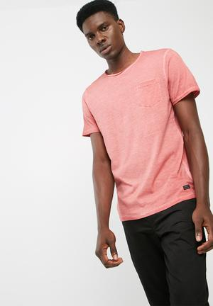 PRODUKT Raw Wash Tee T-Shirts & Vests Red
