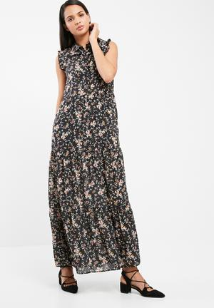 ONLY Bodil Maxi Dress Casual Black Floral