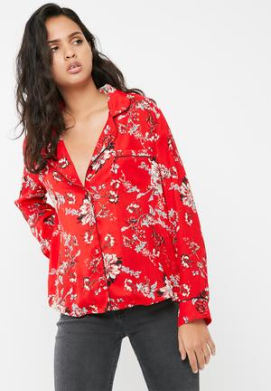 Missguided Floral Print Piping Detail Pyjama Shirt Red