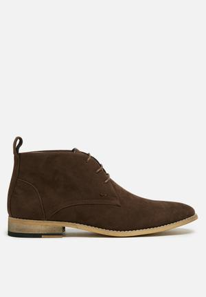 Basicthread Entice Boots Brown