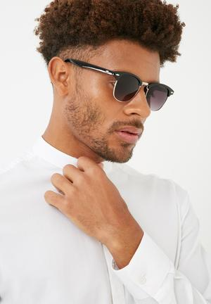 Basicthread Kaelin Sunglasses Eyewear Plastic