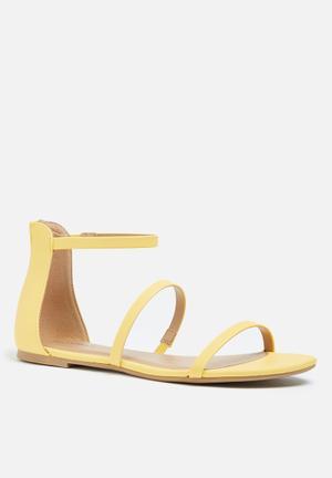 Call It Spring Keahi Sandals & Flip Flops Yellow