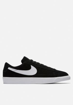 Nike Blazer Low Sneakers Black/Black-White
