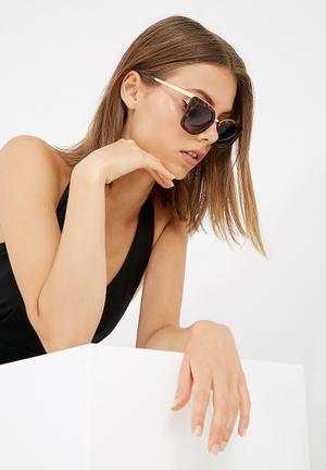 Dailyfriday Thick Rimmed Cateye Eyewear Plastic