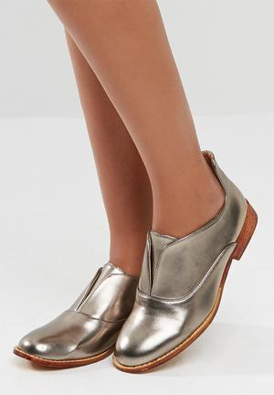 Dailyfriday Turin Pumps & Flats Pewter