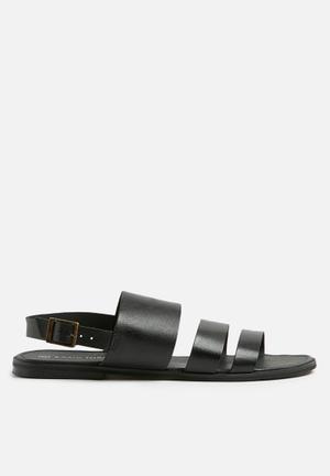 Basicthread Robert Leather Sandals & Flip Flops Black