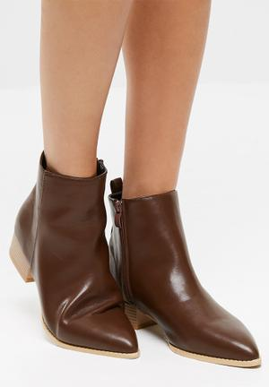 Dailyfriday Chelsea Boot Brown