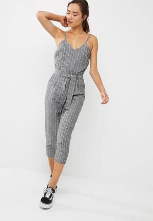 Dailyfriday Linen Blend Jumpsuit Grey
