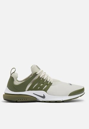 Nike Air Presto Ess Sneakers Light Bone/Dark Grey - Medium Olive - White