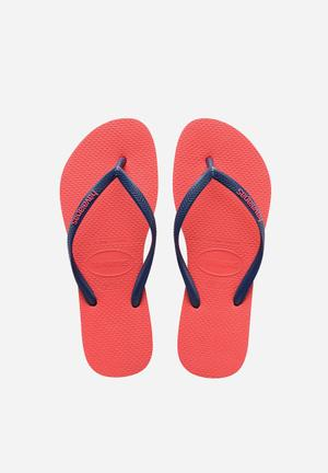 Havaianas Slim Logo Pop Up Sandals & Flip Flops Coral