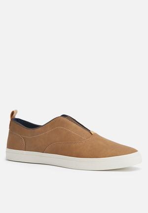 Call It Spring Skerritt Slip-ons And Loafers Tan