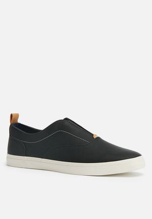 Call It Spring Skerritt Slip-ons And Loafers Black