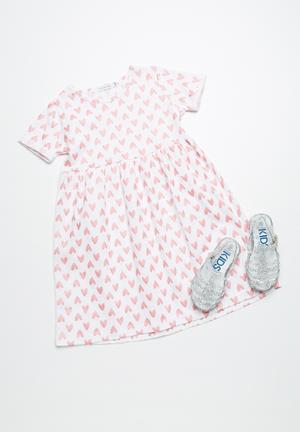 Dailyfriday Heart T-shirt Dress White & Pink